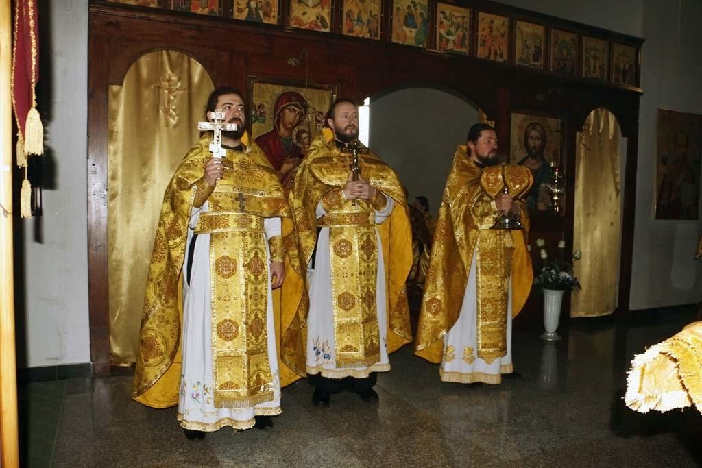 В день памяти святителей Афанасия и Кирилла, архиепископов Александрийских