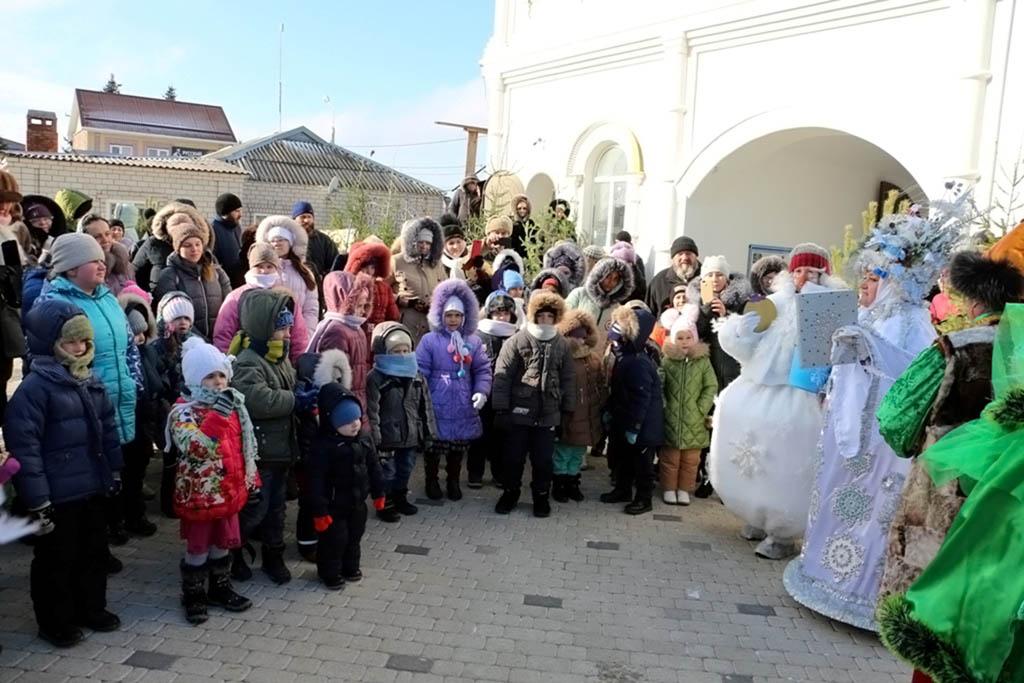 Традиционное Рождественское представление, подготовленное трудами и заботами прихожан Свято-Никольского храма